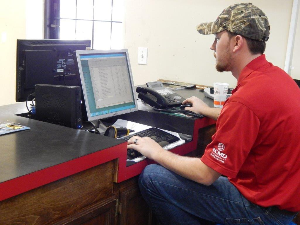 Brandon Minshew at work