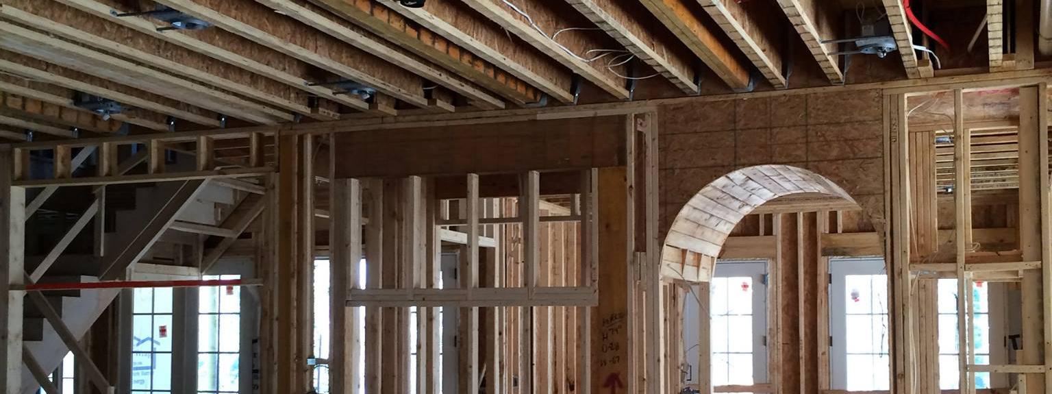 House being build. Custom Door.